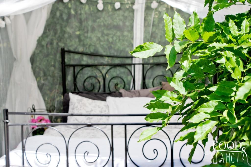 buiten-slapen---foodglamour--tuin---tent---outside-bed---sleeping