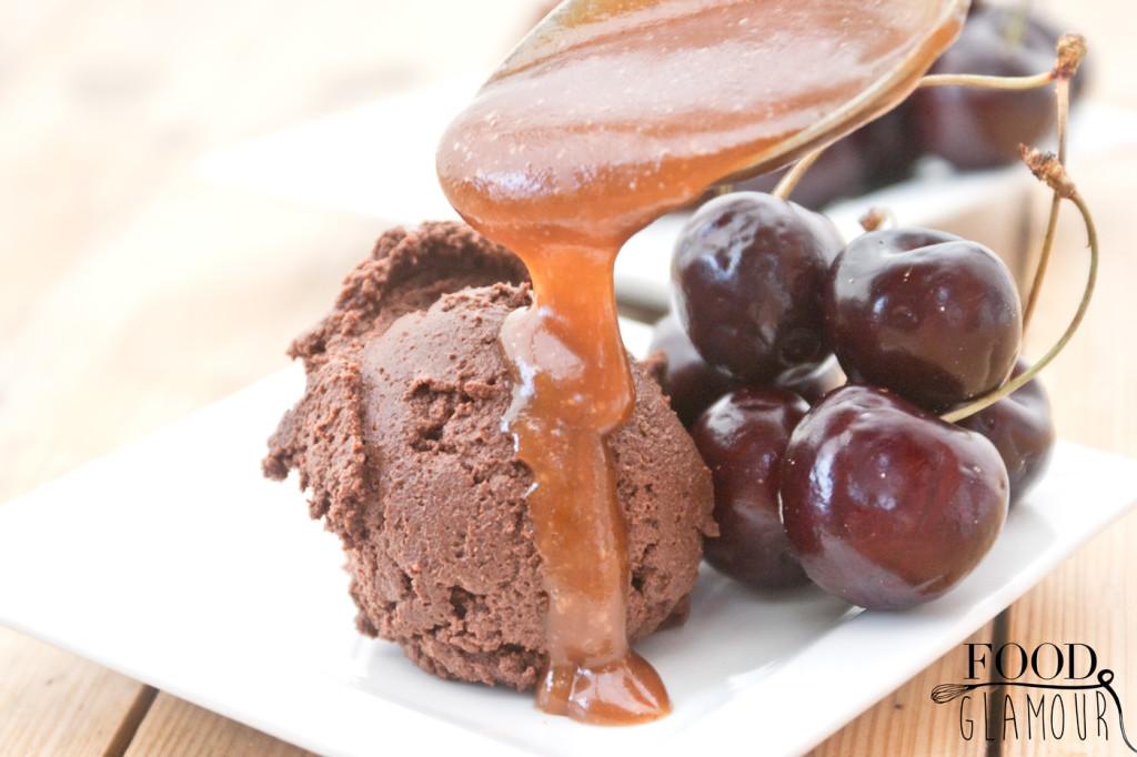 chocolade-met-caramel-en-kersen-foodglamour
