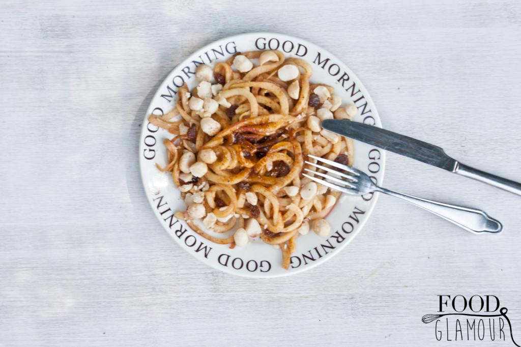Appel-noodles,-kaneel,-ontbijt,-recept,-glutenvrij,-lactosevrij,-suikervrij,--paleo,-vegan,-foodglamour