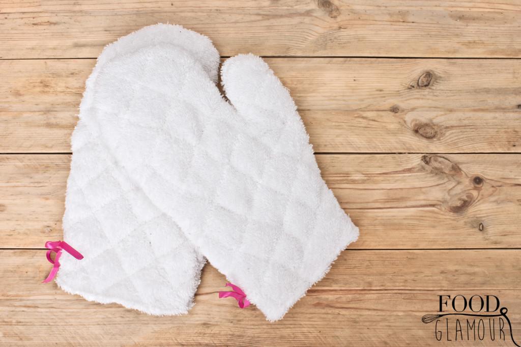 DIY-fluffy-ovenhandschoenen,-oven,-handschoenen,-maken,-fooglamour,-food-glamour