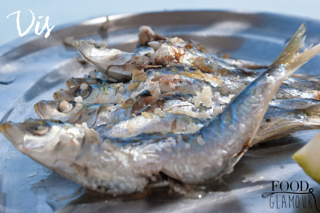 Sardines-barbeque,-gril,-vers