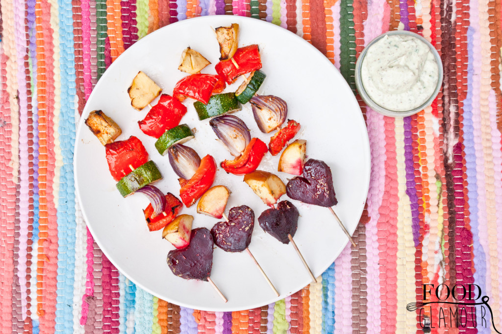 groenten-sis-kebab,-spiesjes,-recept,-paleo,-vegan,-knoflooksaus,-foodglamour,-food-glamour,-makkelijk-recept-