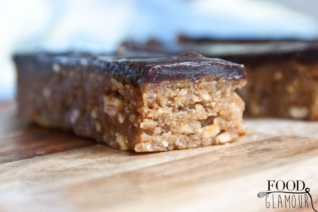 paleo-vegan-nut-bars,--notenreep,-energiereep,-karamel,-chocolade-recept,-foodglamour,-food-glamour-7